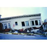 1989年 アメリカ合衆国 ロマプリータ地震