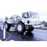 人工震源車(バイブロサイス)の写真